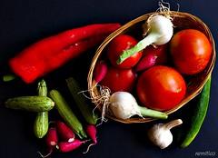 Summer vegs (remitico) Tags: stilllife nikon ortaggi d7500 vegetables vegs naturamorta colours colori colour