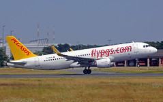 Pegasus A320-214(WL) TC-DCA. (Cameron Gaines) Tags: pegasus airlines airbus a320214wl tcdca departing from frankfurts runway 18 for istanbul sabiha gocken originally ordered by avolon lan chile cn 5879 first flew 12th november 2013 davvh however was taken up delivered leased current july 2019