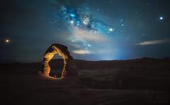 Delicate Arch (el_farero) Tags: utah delicate nightscape farero pacofarero milkyway sky stars clouds canon