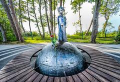 The Little Prince (danieltroczynski) Tags: thelittleprince małyksiążę shadowart danieltroczyński sonya7ii voigtlander12 monument