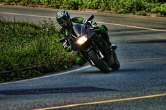 KAWASAKI rider (driver Photographer) Tags: 摩托车,皮革,川崎,雅马哈,杜卡迪,本田,艾普瑞利亚,铃木, オートバイ、革、川崎、ヤマハ、ドゥカティ、ホンダ、アプリリア、スズキ、 aprilia cagiva honda kawasaki husqvarna ktm simson suzuki yamaha ducati daytona buell motoguzzi triumph bmw driver motorcycle leathers dainese motorrad