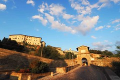 Old Bergamo Porta Garibaldi (Rosmarie Wirz) Tags: bergamo italy portagaribaldi fortification walls medieval access