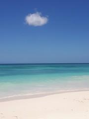 République Dominicaine,Île Saona (isabelleisa710) Tags: couleurs colors beach plage playa sable île mer sea water eau sky ciel océan nuage clouds