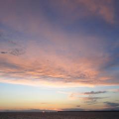 postcard from the seaside   3 (vertblu) Tags: sea seashore seaside coastline evening eveninglight eveningsun sunset sundown skies clouds mediterreneansea mallorcaspain vertblu horizon glow bsquare 500x500 kwadrat blue pink grey