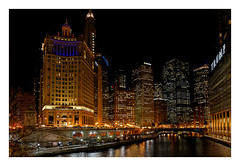 Chicago River (Jean-Louis DUMAS) Tags: chicago architecture architecte architectural architecturale building tower tour apple hdr sony panoramique panoramic panorama city cityscape nuit night nightshot