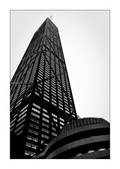 Hancock Tower (Jean-Louis DUMAS) Tags: bw nb noiretblanc black white noir blanc architecture chicago tower tour building architect architecte architectural architecturale bâtiment reflecting buildiing sony art batiment sal70200g twop noretblanc award monochrome bn bnw ngc usa illinois photos noireblanc no