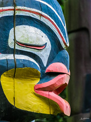 Vancouver Totempole_2 (Joachim Spenrath Münster, Germany) Tags: face sigtseeing brocktonpoint colourful traditional firstnation tourism carving totempole vancouver canada tradition