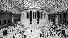 classic London shot (but mine) (Blende1.8) Tags: britishmuseum london wideangle ceiling roof glass glassroof structure pattern patterns shadows shadow light lights people besucher visitor visitors interior sigma sigma1224mmhsmii 1224mm mono monochrome schwarzweiss museum architecture stairs stair symmetry carstenheyer
