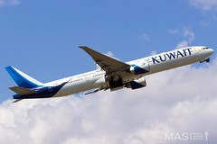 Kuwait Airways B777-300ER 9K-AOC @ MUC (MASAviation) Tags: kuwait kuwaitairways aviation avgeek aviationpic aviationphotography spotter spotting plane planespotting