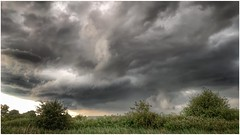 departing (Andy Stones) Tags: clouds cloud cloudscape storm stormclouds sky skywatching weather weatherwatch countryside fields bushes trees foilage scunthorpe lincolnshire northlincs northlincolnshire nlincs image imageof imagecapture photography photoof nature naturephotography naturelovers natureseekers