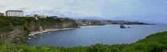 Biarritz (jpto_55) Tags: panorama hugin biarrtiz pyrénéesatlantiques paysbasque aquitaine france océan océanatlantique xt20 fuji fujifilm fuji35mmf2