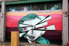 Urban- & Mural Art Spandau, Secret Spot Zwo (bsdphoto) Tags: streetart berlin kunst art urbanart muralart mural urbanarthall secretspotzwo spandau altepost postpackstation ausenaufnahme ausenansicht wakeykz deutschland