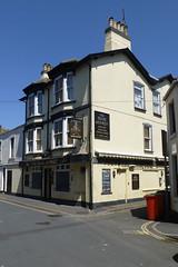 Brass Monkey, Teignmouth. (piktaker) Tags: devon teignmouth pub inn bar tavern publichouse brassmonkey staustellales