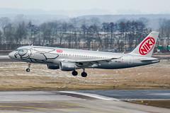 OE-LEO (PlanePixNase) Tags: aircraft airport planespotting haj eddv hannover langenhagen niki airbus 320 a320