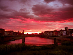 Sunset after a cold day of heavy rain 🔥 (ຸEnrico) Tags: pisa river fiumearno sunset sunsetporn lamps instalike nuvole sky citylights skyporn clouds cloudsporn reflections cloudscape carlzeisslenses italy tramonto instagood toscana europe igerspisa volgopisa volgotoscana igersitalia bestplace likeforlikes landscape favskies