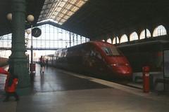 Thalys, Gare Du Nord, Paris, January 31st 1998 (Southsea_Matt) Tags: thalys alstom emu electricmultipleunit train railway railroad garedunord paris france january 1998 winter transport vehicle
