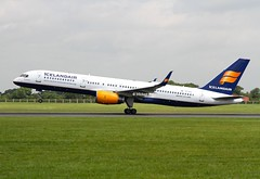 Icelandair                              Boeing 757                                TF-FIA (Flame1958) Tags: icelandair icelandairb757 boeing757 boeing b757 757 tffia dub eidw dublinairport 150719 0719 2019 vacation holiday flying flight travel airport airtrafficcontrol aviationireland 4905