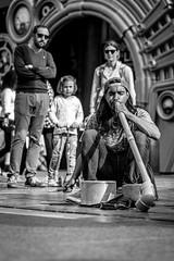 Monkeys Yeah! street musician (Sjaco Manuputty) Tags: street streetphotography bnw blackandwhite streetmusician musician music streetperformer performance performing audience people meir meirantwerpen city antwerp antwerpen