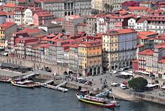 Porto Old Town (Behappyaveiro) Tags: porto town oldtown river douroriver boats portugal europa oldhouses ribeira caisdaribeira cidade rio riodouro casasantigas barcos