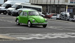 1974 Volkswagen Beetle. (ManOfYorkshire) Tags: aro514n vw volkswagen beetle car auto automobile weymouth dorset carpark exiting england gb uk green 1974 1600cc petrol engine crhome