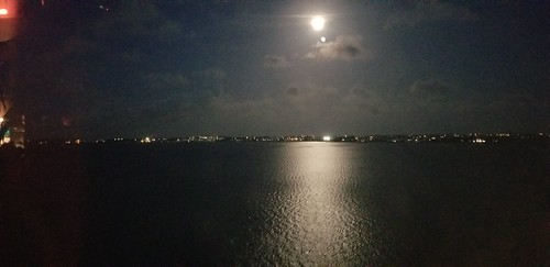 Bermuda - Full Moon - Night Time Deck 14 - Anthem of the Seas