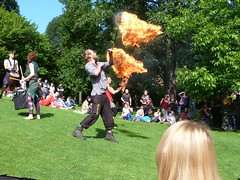 Edinburgh Festival Parade 2019 (73) (Royan@Flickr) Tags: edinburgh festival parade princes street gardend carnival costumes performers music sounds beltane fire society outdoor crowds 2019