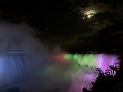 Niagara Falls at Night (remiklitsch) Tags: remiklitsch night horseshoefalls niagarafalls falls