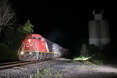 BCOL 4621 South (Railfan Dan) Tags: bcol bcrail otisroad barringtoniltrains barringtonillinoistrains cn canadiannational leightonsub leightonsubdivision nightphotography flashphotography