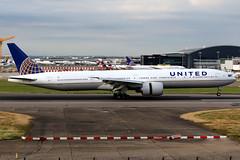 United Airlines | Boeing 777-300ER | N2534U | London Heathrow (Dennis HKG) Tags: aircraft airplane airport plane planespotting staralliance canon 7d 70200 london heathrow egll lhr united unitedairlines ual ua usa n2534u boeing 777 777300 boeing777 boeing777300 777300er boeing777300er