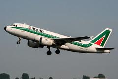 I-BIMD (PlanePixNase) Tags: amsterdam ams eham schiphol planespotting airport aircraft alitalia airbus 319 a319