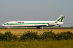 I-DATM (PlanePixNase) Tags: amsterdam ams eham schiphol planespotting airport aircraft mcdonnell douglas md82 alitalia