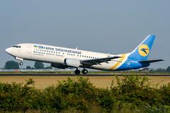 UR-GAM (PlanePixNase) Tags: amsterdam ams eham schiphol planespotting airport aircraft ukraineinternational boeing b734 737400 737