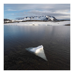 P6283782 (ernsttromp) Tags: norway olympus omd em10 918mmf456 mzuiko microfourthirds mirrorless mft m43 ernsttromp landscape mountainscape mountain ice water nature 2019 square border 1x1 clouds national park snow