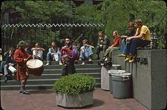 Street musicians (motohakone) Tags: usa 1977 westernstates slide digitized vintage old unitedstates dia digitalisiert westküste california paperframe kodachrome
