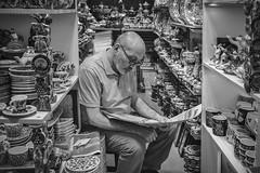 Merchant (u c c r o w) Tags: grandbazaar kapalicarsi portrait blackandwhite siyahbeyaz uccrow merchant pottery shop istanbul türkiye türkei turkey eminönü