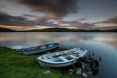 The Abersky Boats .. (Gordie Broon.) Tags: lochruthven abersky torness scottishhighlands scotland fishingboats browntrout flyfishing invernessshire dalcrombie schottland lago lac le escocia reflections landscape paysage paisaje scenery ecosse scenic sunset tranquil july hills lecoucherdusoleil gordiebroonphotography atardecer rowingboats scozia caledonia alba clouds sky grahamsgunsandfishingtackle inverness geotagged tramonto collines
