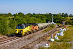 Colas Scottish cement! 70802 6L44 Oxwellmains to West Thurrock at Manton Jct (Iain Wright Photography) Tags: colas rail 6l44 oxwellmains dunbar scotland england cement tarmac ermewa jga tanks vtg manton junction rutland uk railfreight west thurrock essex grays terminal unloader pole shot harris 5 metre aerial
