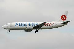 CN-RNC (PlanePixNase) Tags: paris orly ory lfpo aeroport aircraft airport planespotting atlasblue boeing b734 737400 737