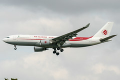 7T-VJW (PlanePixNase) Tags: paris orly ory lfpo aeroport aircraft airport planespotting airalgerie airbus a332 330 330200