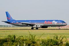 G-MIDM (PlanePixNase) Tags: amsterdam ams eham schiphol planespotting airport aircraft arkefly airbus 321 a321 bmi british midland