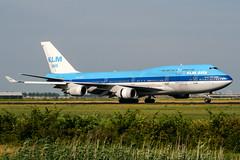 PH-BFD (PlanePixNase) Tags: amsterdam ams eham schiphol planespotting airport aircraft klm boeing 747 b744 747400 jumbo asia