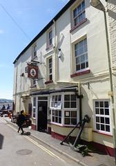 Ship Inn, Teignmouth. (piktaker) Tags: devon teignmouth pub inn bar tavern publichouse shipinn