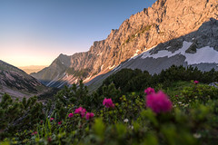Sunrise at the Lamsenjoch mountain hut (cygossphotography) Tags: lamsenjoch lamsenspitze karwendel alpen alps alpes berge gebirge mountains montagne tirol tyrol österreich austria autriche landschaft landscape paysage natur nature alpenglühen alpenglow sommer summer été canon eos 6d