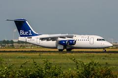 OH-SAK (PlanePixNase) Tags: amsterdam ams eham schiphol planespotting airport aircraft british aerospace avro rj85 blue1