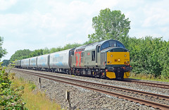 37601. (curly42) Tags: 37601 class37 growler type3 englishelectric 5q32 transpennine mk5coachingstock 11512 12734 12735 12736 12812 railway railoperationsgroup