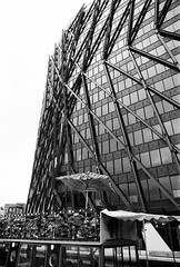 Paddington Basin (a.pierre4840) Tags: olympus om3 zuiko 24mm f28 35mmfilm ilford ilfordhp5 hp5 hp5plus bw blackandwhite noiretblanc architecture perspective angle lines london england