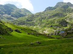 Cabane d'Eychelle (Ariège) (PierreG_09) Tags: ariège pyrénées pirineos couserans bethmale occitanie midipyrénées montagne eychelle cabane cabanedeychelle