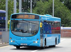 Leeds (Andrew Stopford) Tags: yj08dvg volvo b7rle wright eclipse arriva leeds