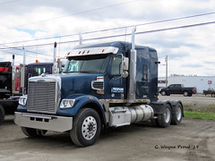 2017 Freightliner 122 SD Coronado Conventional Truck w/ Sleeper (Gerald (Wayne) Prout) Tags: 2017freightliner122sdcoronadoconventionaltruckwsleeper 2017 freightliner 122sd coronado conventional truck sleeper 70inmidroof propaneenergysolutions expertgarage riversidedrive mountjoytownship cityoftimmins northeasternontario ontario canada prout geraldwayneprout canon canonpowershotsx60hs powershot sx60 hs digital camera photographed photography vehicle expert garage riverside drive mountjoy township city timmins northernontario northern northeastern