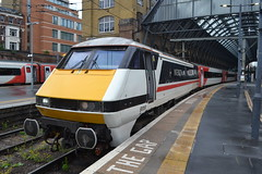 London North Eastern Railway 91119 Bounds Green Intercity Depot 1977 - 2017 (Will Swain) Tags: london kings cross station 13th june 2019 lner greater city centre capital south train trains rail railway railways transport travel uk britain vehicle vehicles england english europe transportation class tram north eastern 91119 bounds green intercity depot 1977 2017 119 91